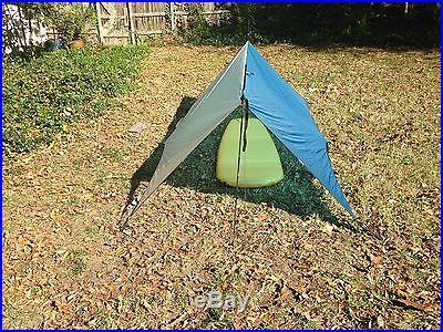 GRANITE GEAR White Lightnin 8 x 10 Backpacking Tarp w/ ZPacks Carbon Fiber Poles